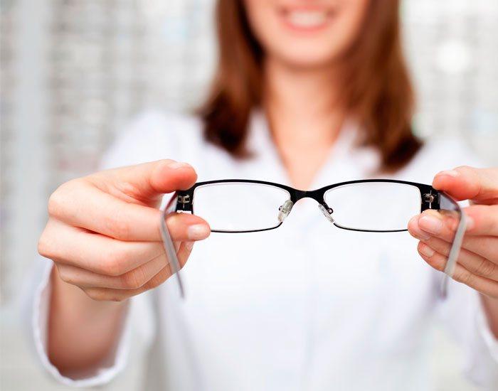 Optyk / Okulista / Optometrysta
